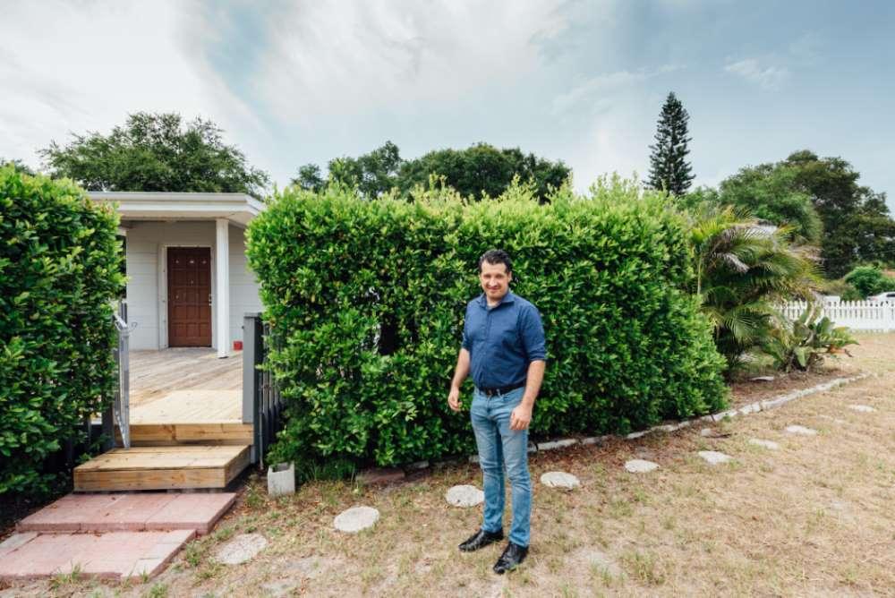 Nuova operazione immobiliare in Florida: Casa Due Palme e il suo enorme giardino